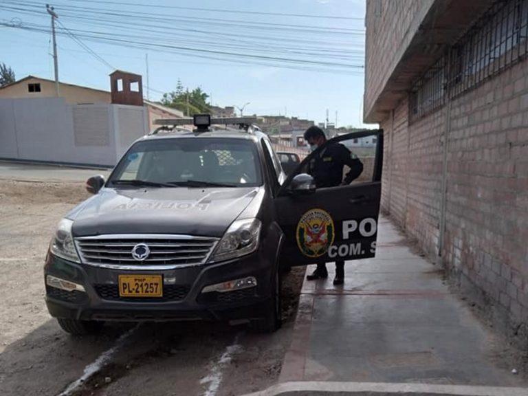 Policías de Samegua piden servicio en taller mecánico y luego meten 'cabezazo'