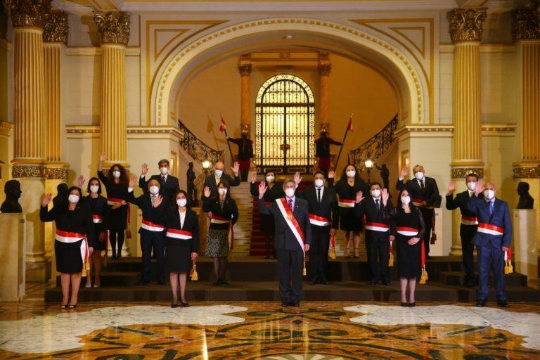 Presidente Francisco Sagasti tomó juramento a miembros del Gabinete Ministerial
