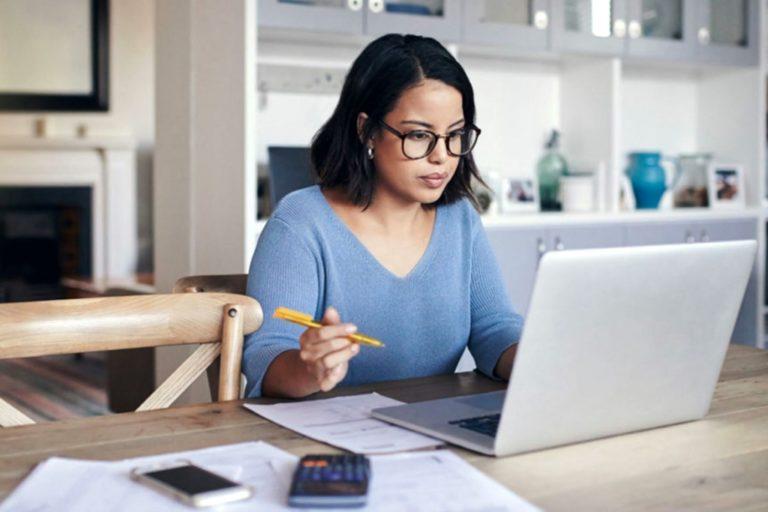 Trabajadores tienen derecho a la desconexión digital fuera de su jornada laboral