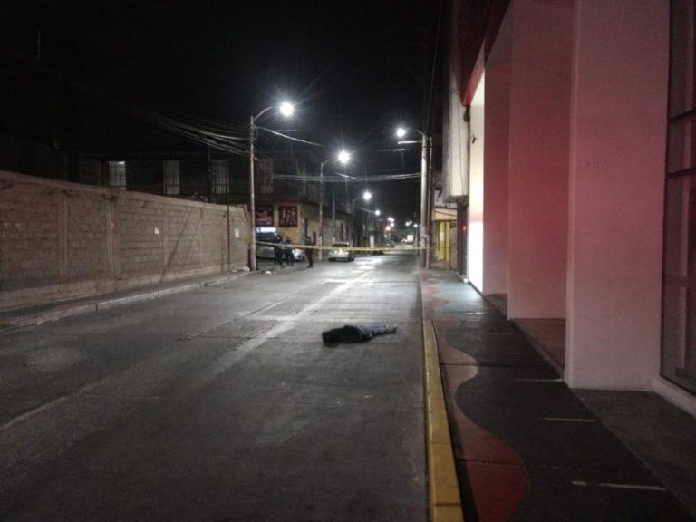 Identifican a varón asesinado en calle Abtao cerca de Scotiabank
