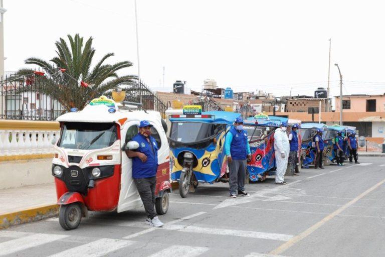 Equipan a mototaxistas punteños para reforzar seguridad ciudadana
