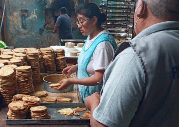 Intervienen panaderías y alfajorerías en Punta de Bombón