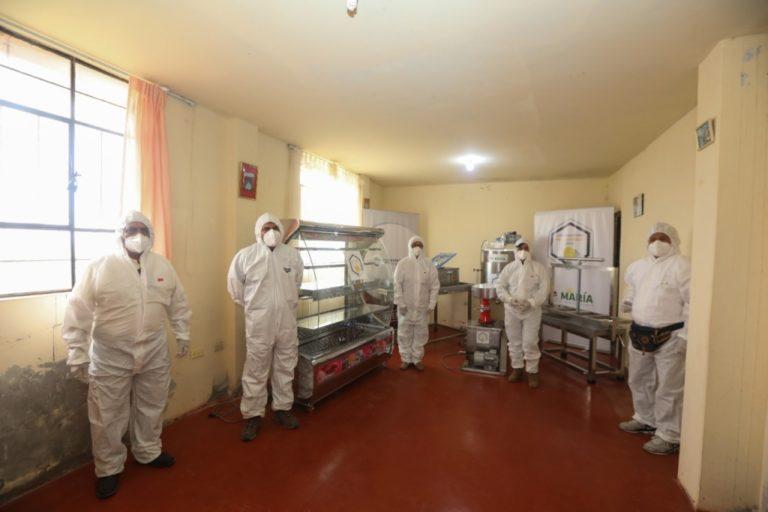 Implementan planta procesadora de lácteos para productores de Mollendo y Mejía