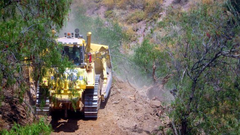 Southern Peru habilitó accesos en anexos de Torata