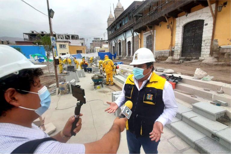 """Abraham Cárdenas: """"Este año se entregará remodelada plaza como parte de la recuperación de la historia e identidad moqueguana"""""""