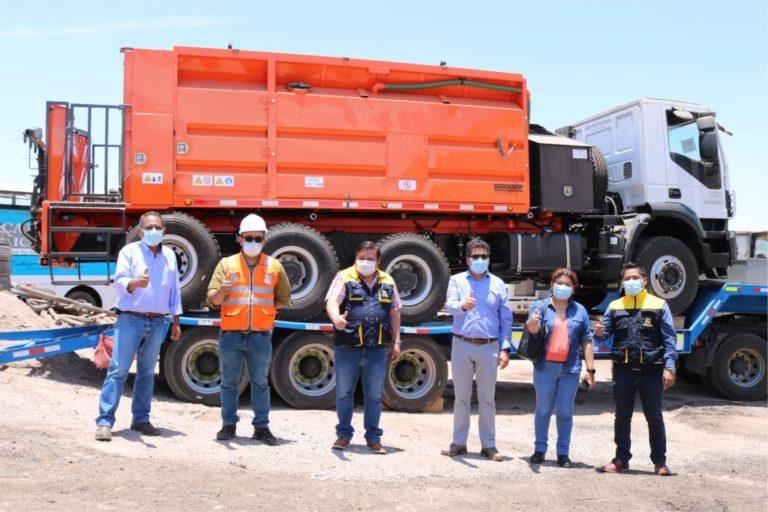 Moquegua ya cuenta con camión micropavimentador gestionado ante la empresa privada