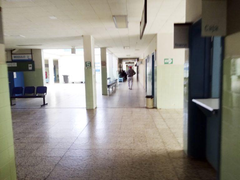 Suspenden atención en consultorios externos del hospital de EsSalud Mollendo