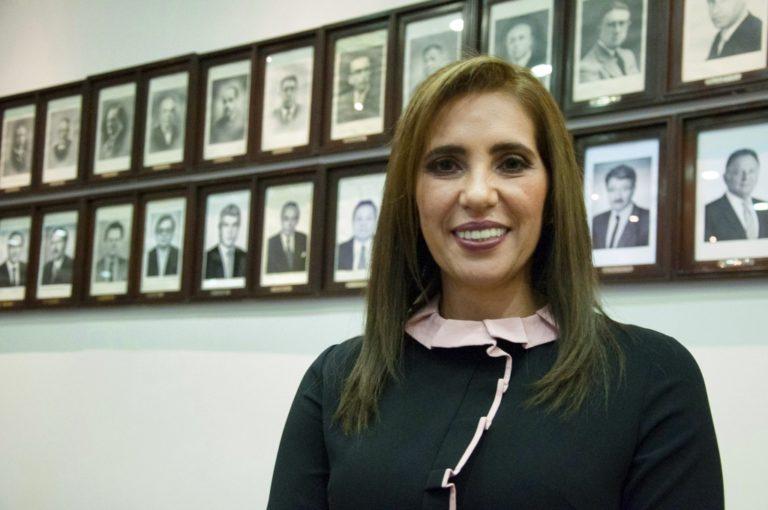 """Presidenta de la CCIA: """"Ya no podemos darnos el lujo de seguir con proyectos mineros paralizados"""""""