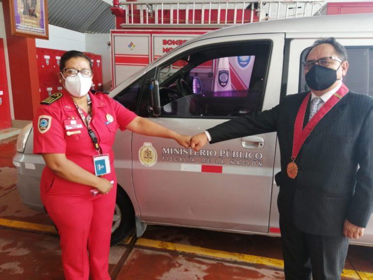 Ministerio Público hizo entrega de vehículo a bomberos de Moquegua