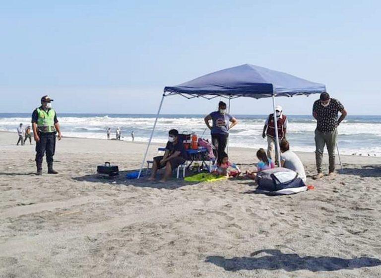 PNP procede con detención de reincidentes que desacatan ingreso a playas