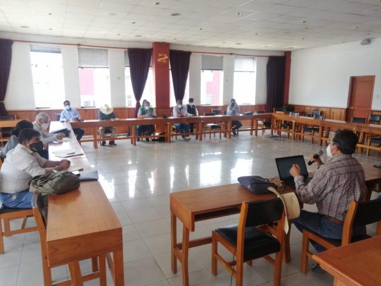 No asistió a reunión: Cáceres Llica sigue paseando a la provincia de Islay