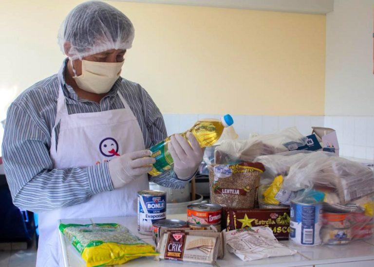 Qali Warma capacita a proveedores adjudicadospara el servicio alimentario escolaren Moquegua