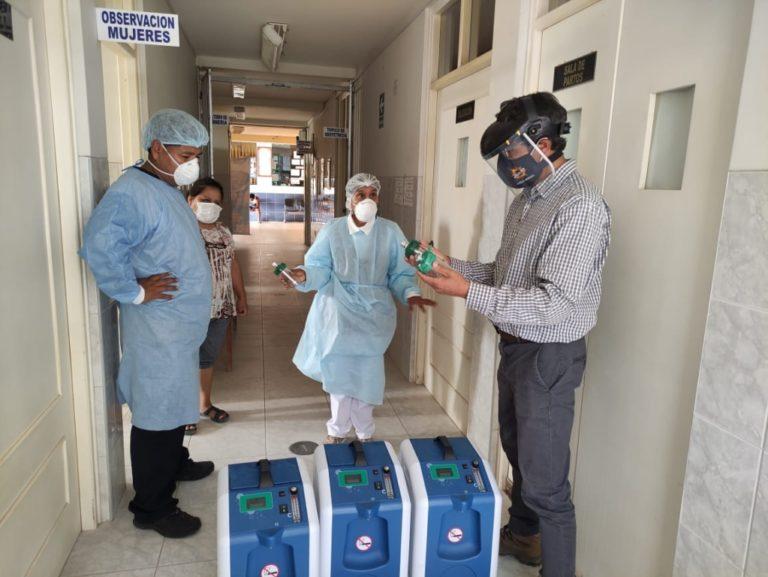 Capacitan a personal de salud para manejo de concentradores portátiles de oxígeno