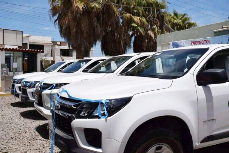 Entregan camionetas y motocicletas para fortalecer Proyecto Productivo del Ajo en Islay
