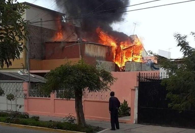 Arequipa: incendio afecta una casa de reposo sin causar daños personales