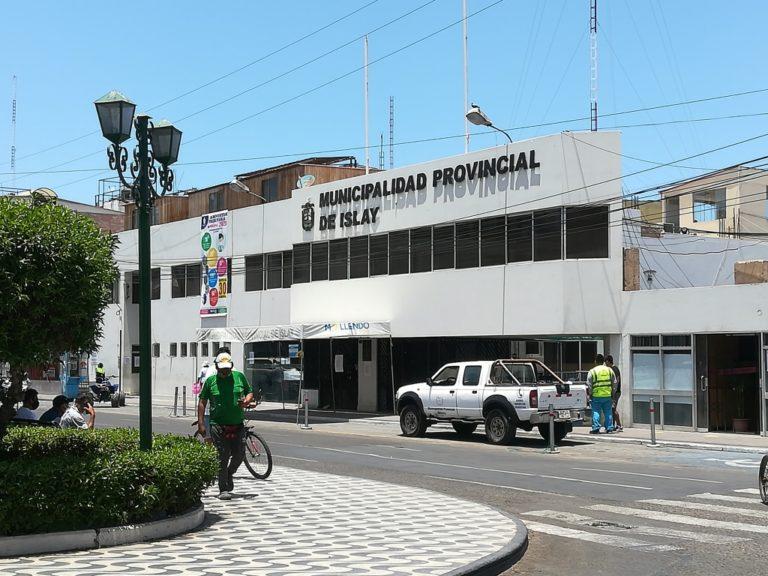 Municipio provincial de Islay restringe atención al público y garantiza servicios