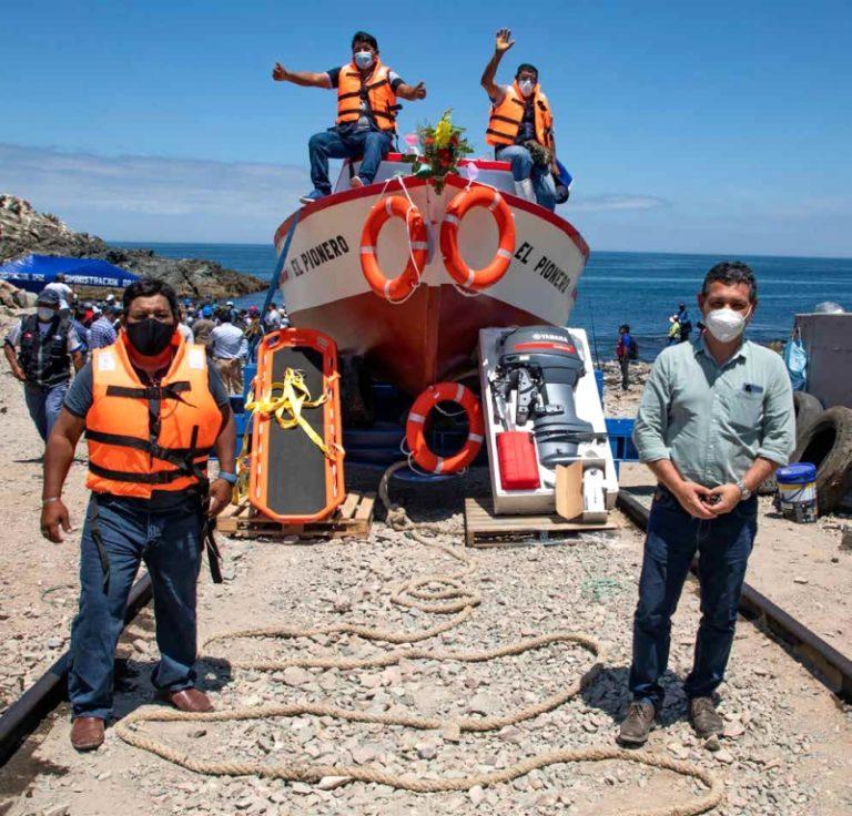 Pescadores artesanales de Ilo ya cuentan con primera embarcación de rescate y auxilio