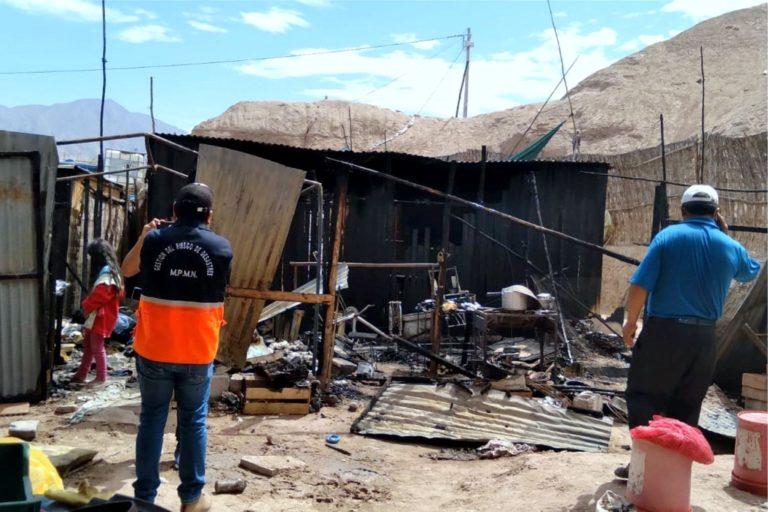 Fuego dejó en cenizas tres viviendas en San Antonio, Moquegua