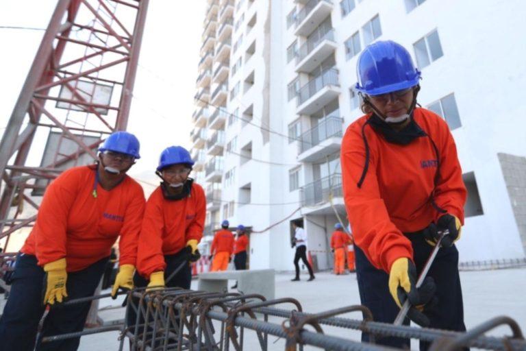 Trabajo para más mujeres en obras del GRA