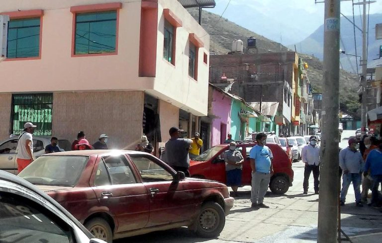 "Gobernador regional no quiso atender a comisión ""Oxígeno para Omate"""