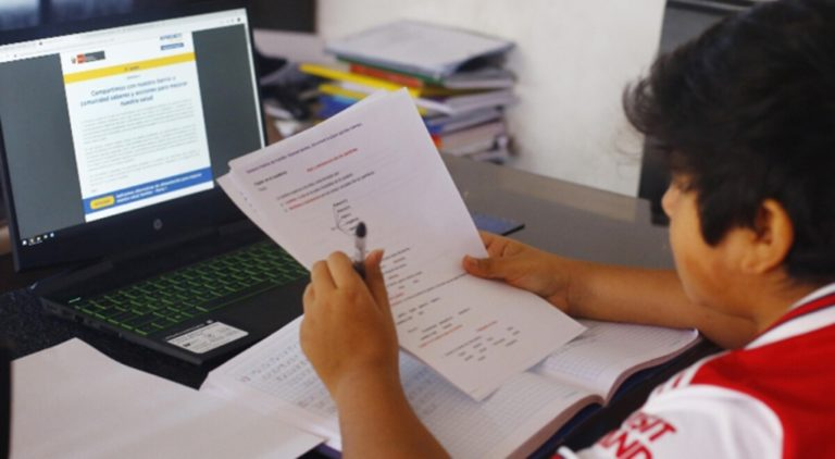 TIC-2 buscará que cada estudiante de Moquegua tenga una laptop