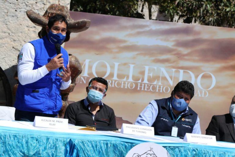 Presentan manifestaciones culturales y atractivos turísticos de Islay en Arequipa