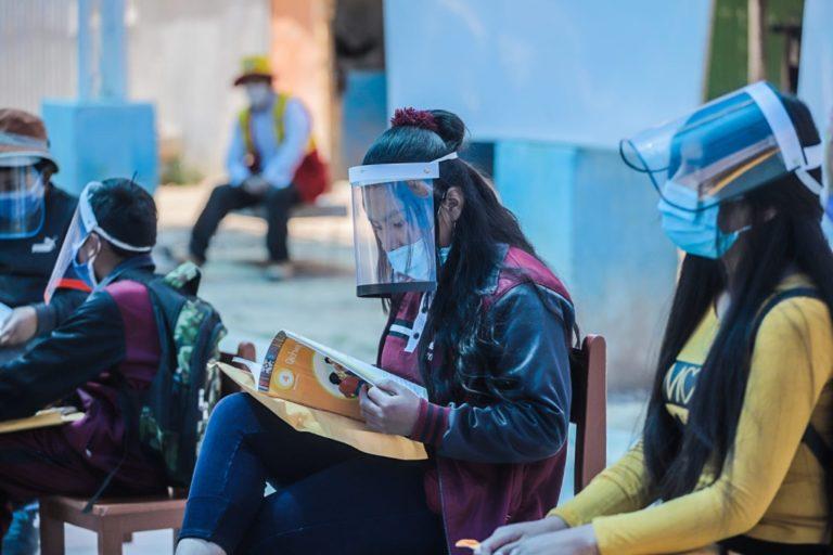 Dos colegios de la provincia de Islay son focalizados para clases semipresenciales
