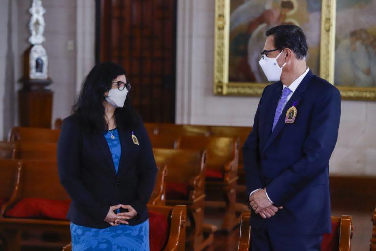 Martín Vizcarra anuncia que él y su esposa dieron positivo a COVID-19