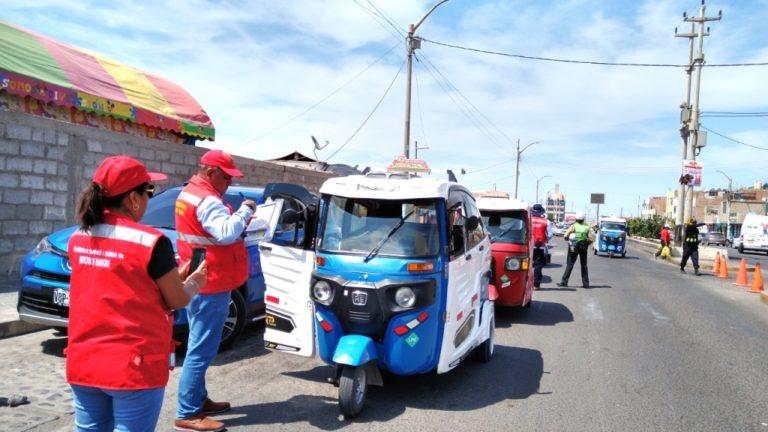 Mototaxis intervenidos por no contar con tarjeta de circulación