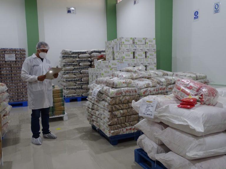 Qali Warma realiza control de calidad de 15 toneladas de alimentos