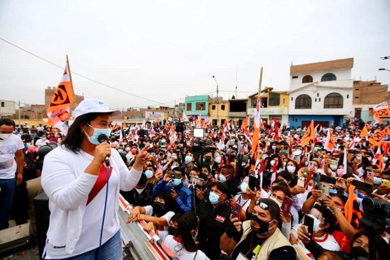 Keiko Fujimori llegó a Arequipa tres horas después de Pedro Castillo