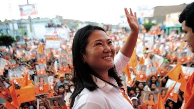 Anuncian llegada anticipada de Keiko Fujimori al debate del 30