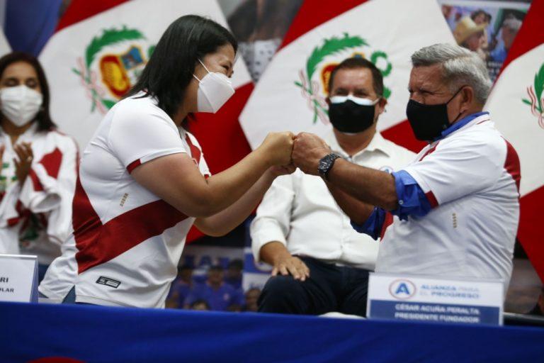 Keiko Fujimori agradece apoyo político de César Acuña en segunda vuelta
