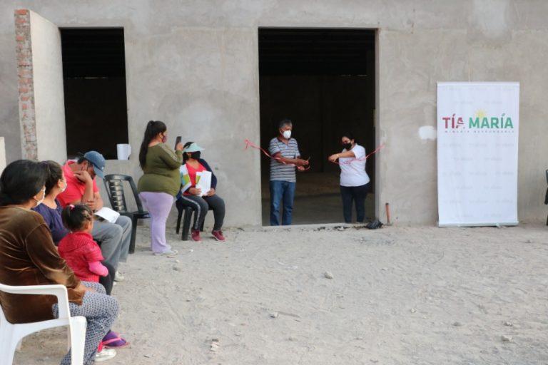 Southern remodela local comunal de Portal del Valle en Cocachacra