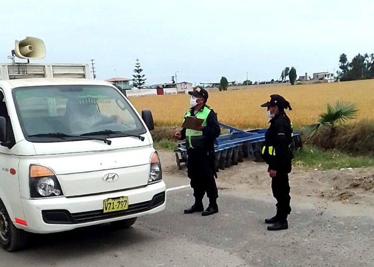 Serenazgo y PNP de Deán Valdivia realizan operativo en toque de queda