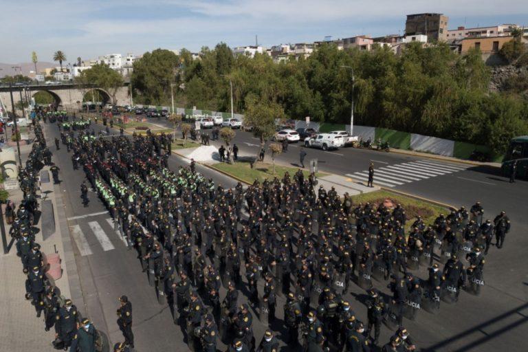 Cuatro mil policías en alerta por el debate presidencial de hoy