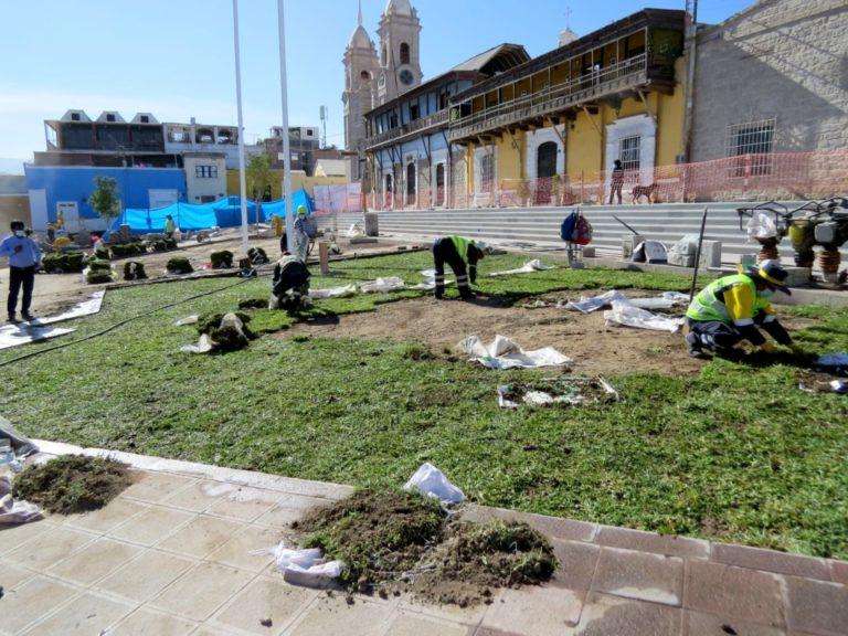 Obras de la Plaza de Armas de Moquegua se encuentran en un 83% de avance físico
