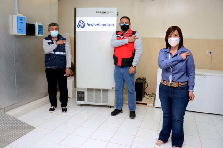 Ultracongeladora de Anglo American ayudará a conservar vacunas contra el covid-19