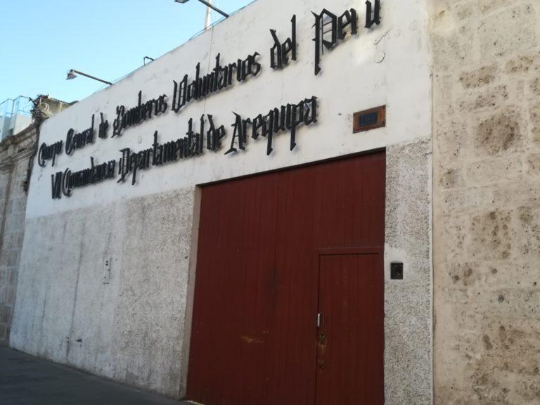 Bomberos de la región Arequipa exigen vacunación
