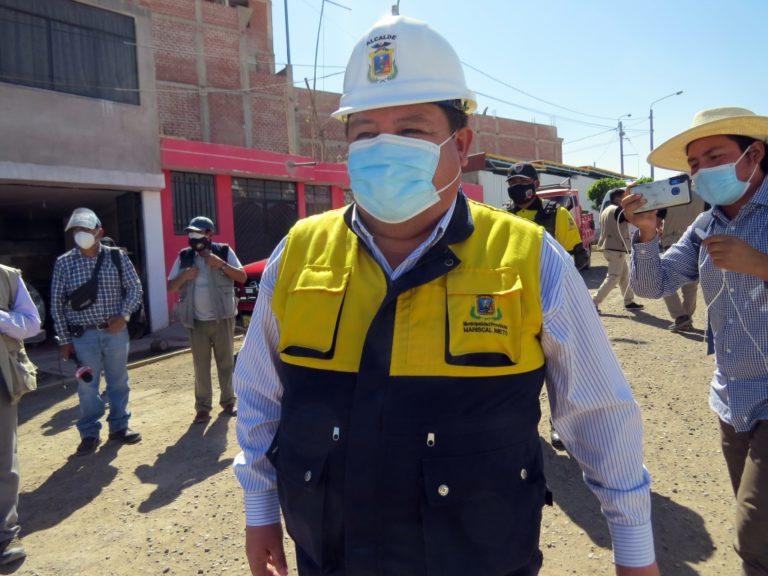 """Abraham Cárdenas le pide a alcalde de Ilo """"que no gaste plata yendo al TC"""""""