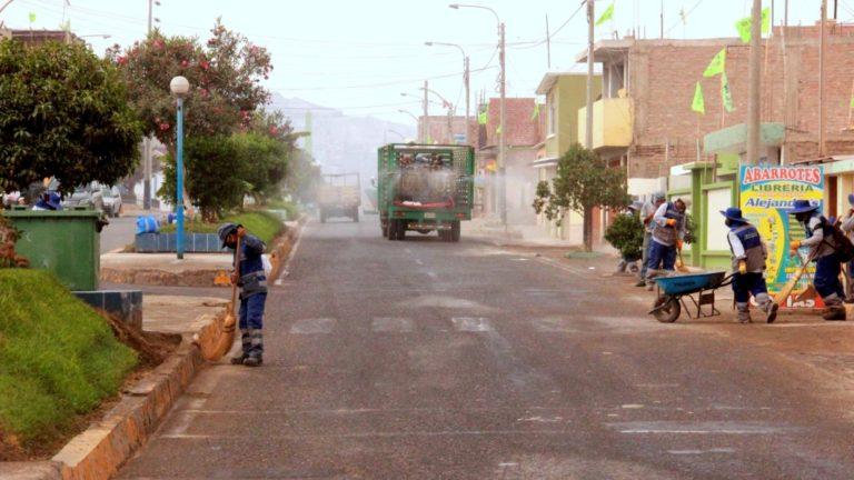 Cierran calles en Cocachacra