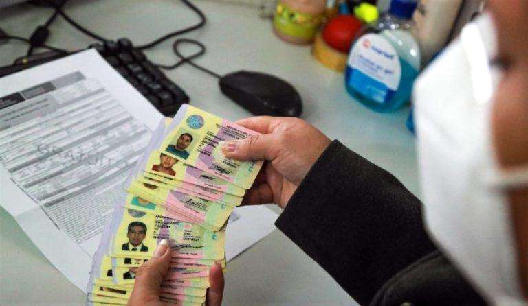 Más de 780 mil conductores deben revalidar sus licencias de conducir antes del 2 de setiembre