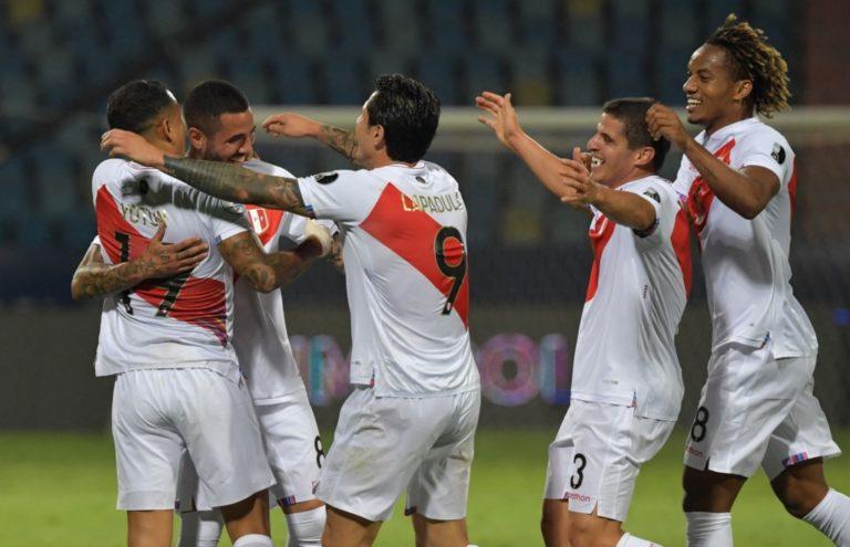 Copa América: Perú se reencontró con su fútbol y derrotó 2-1 a Colombia