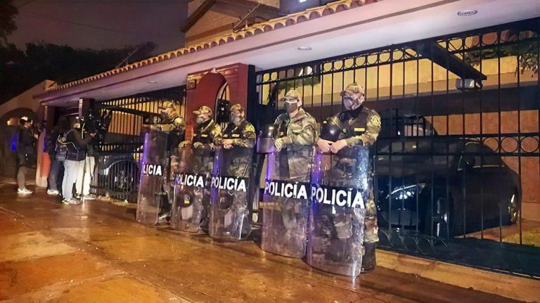 Diviac allana vivienda de Fiorella Molinelli y oficinas de EsSAlud en Lima