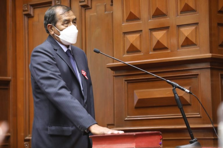 TRINQUETES POLÍTICOS:Samuel: comisiones en el Congreso