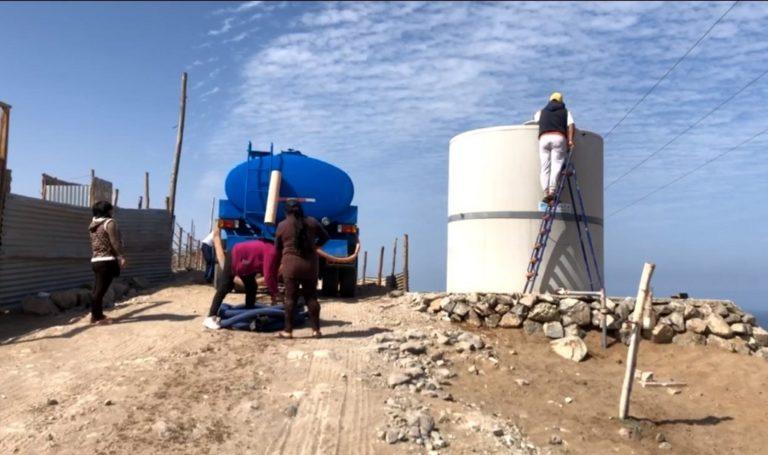 Distribuyen agua potable a Asociación Los Sauces, en la parte alta de Mollendo