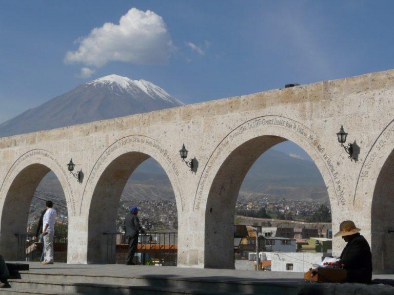 Lunes 16 feriado no laborable para Arequipa