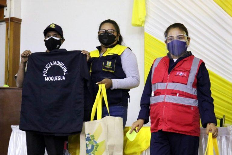 Moquegua: Entregan implementos de bioseguridad a policías municipales y recicladores