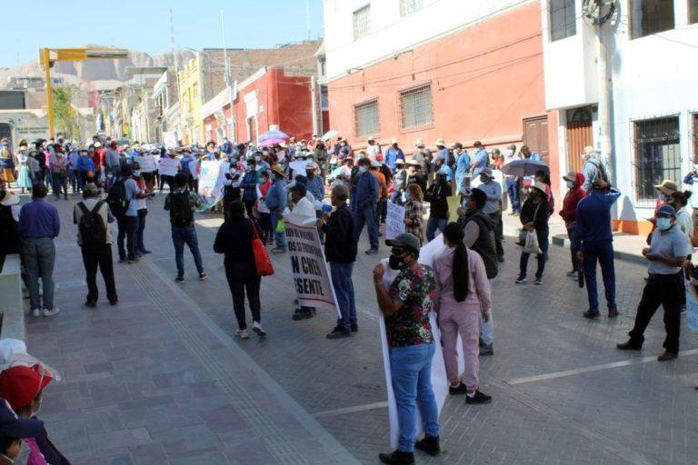 Dirigentes de asociaciones contentos con decisión de alcaldesa Roxana Churata
