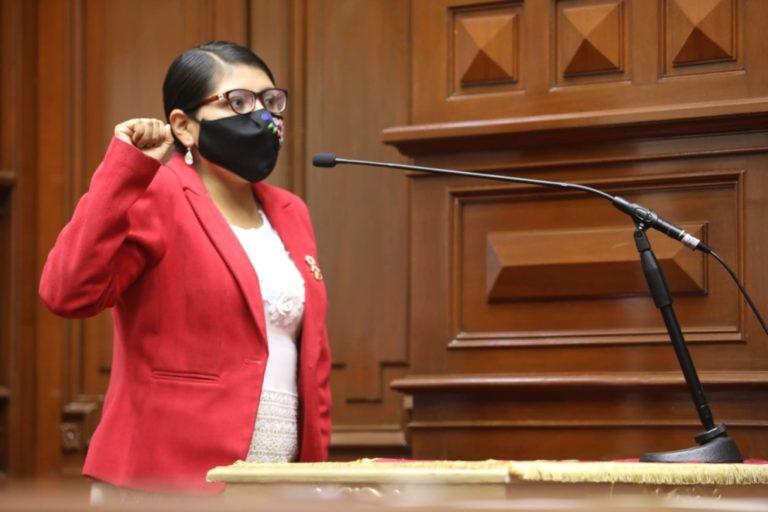 Congresista Margot Palacios sostiene que Venezuela no es una dictadura